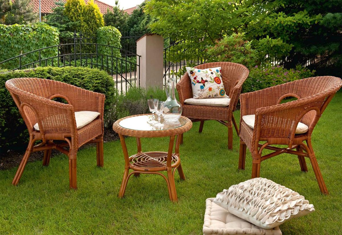 Садовая мебель из